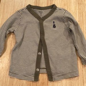 🟣 Olive & white striped guitar button up 6M